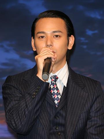 坊主の髪型の妻夫木聡