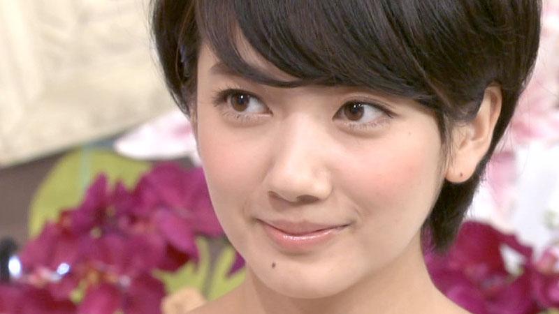 波瑠 本名 山口麻有 鼻 玉木宏 お似合い 髪型 ショート ロング