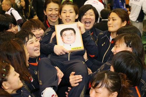 吉田沙保里,オリンピック,自腹 なぜ いくら,号泣 見苦しい 批判,結婚 相手,父 死因