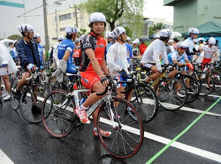 片山右京,遭難  富士山,嫁,現在,自転車