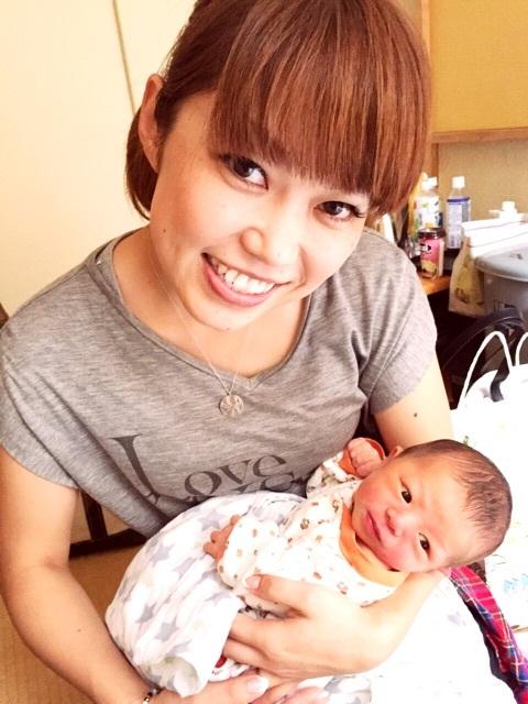 大菅小百合,太もも 画像,かわいい,旦那,赤ちゃん,子供