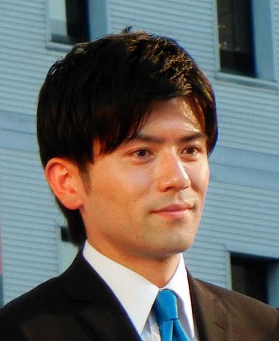 青木源太はジャニオタなイケメンアナウンサー!ゲイ疑惑が浮上するが嫁はちゃんといた!